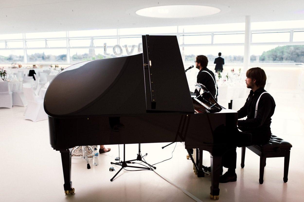 wunderbare Musik kommt aus diesem Flügel von Steinway & Sons