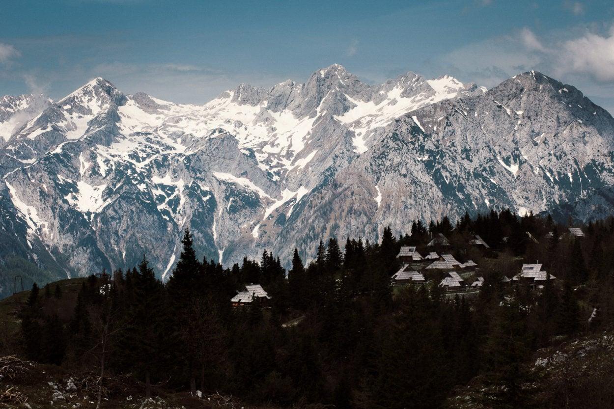 unsere Reise durch Slowenien führte uns in ein Bergdorf