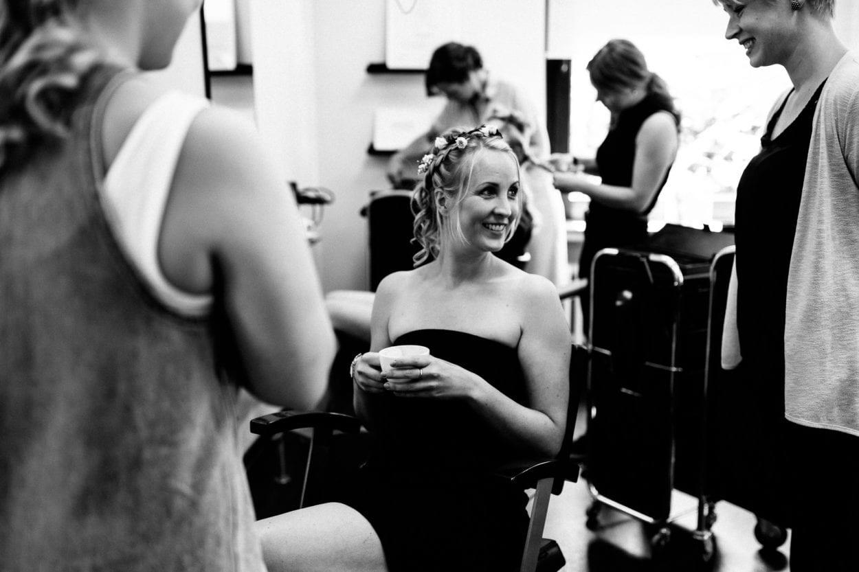 Getting Ready bei Haartistik - Hochzeitsfotograf Gütersloh