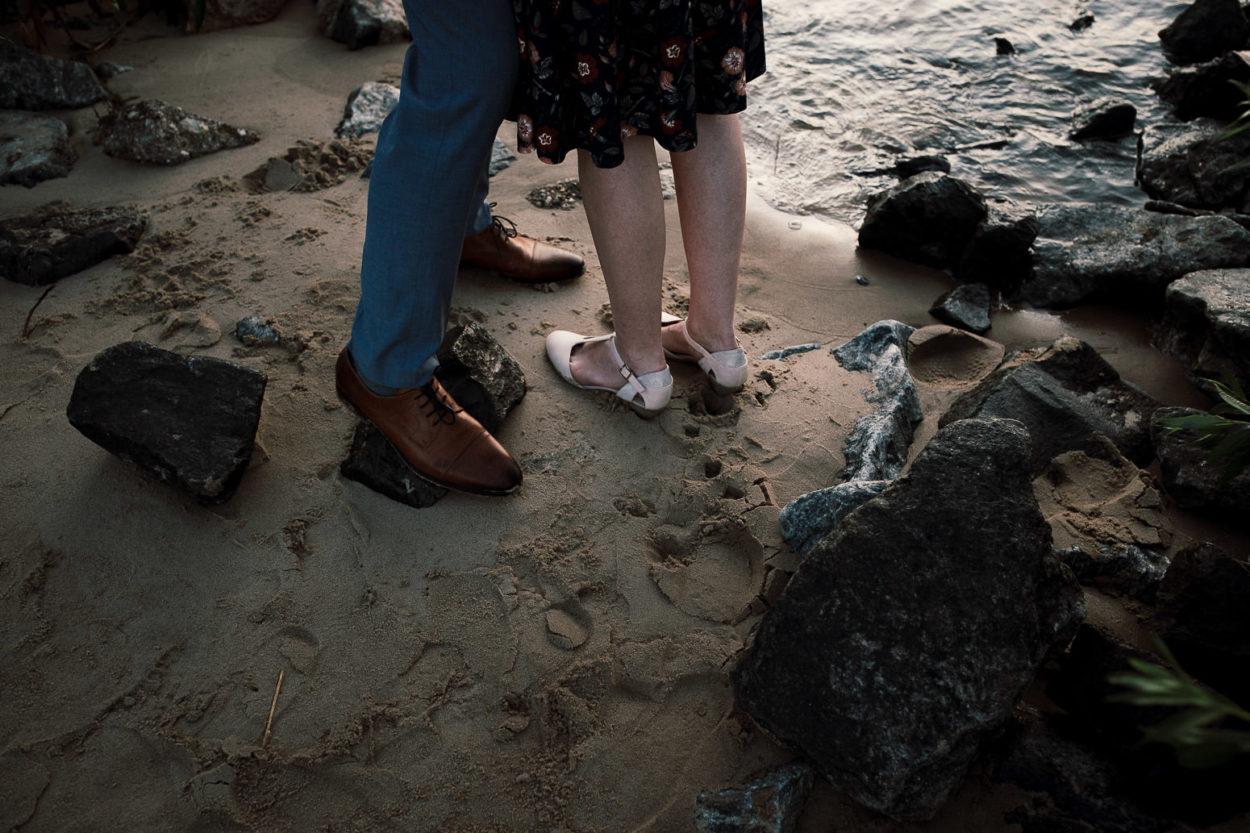 Schuhe am Elbstrand